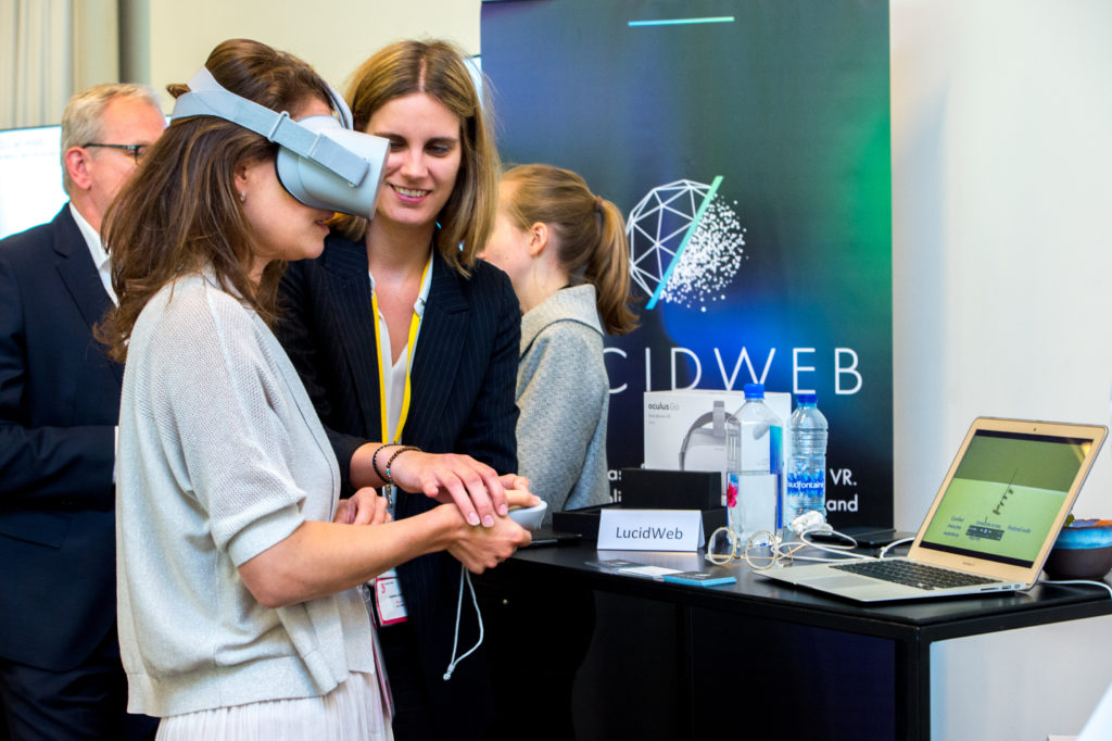 The 5th Conference on Digital Health 2018 expo demo booth